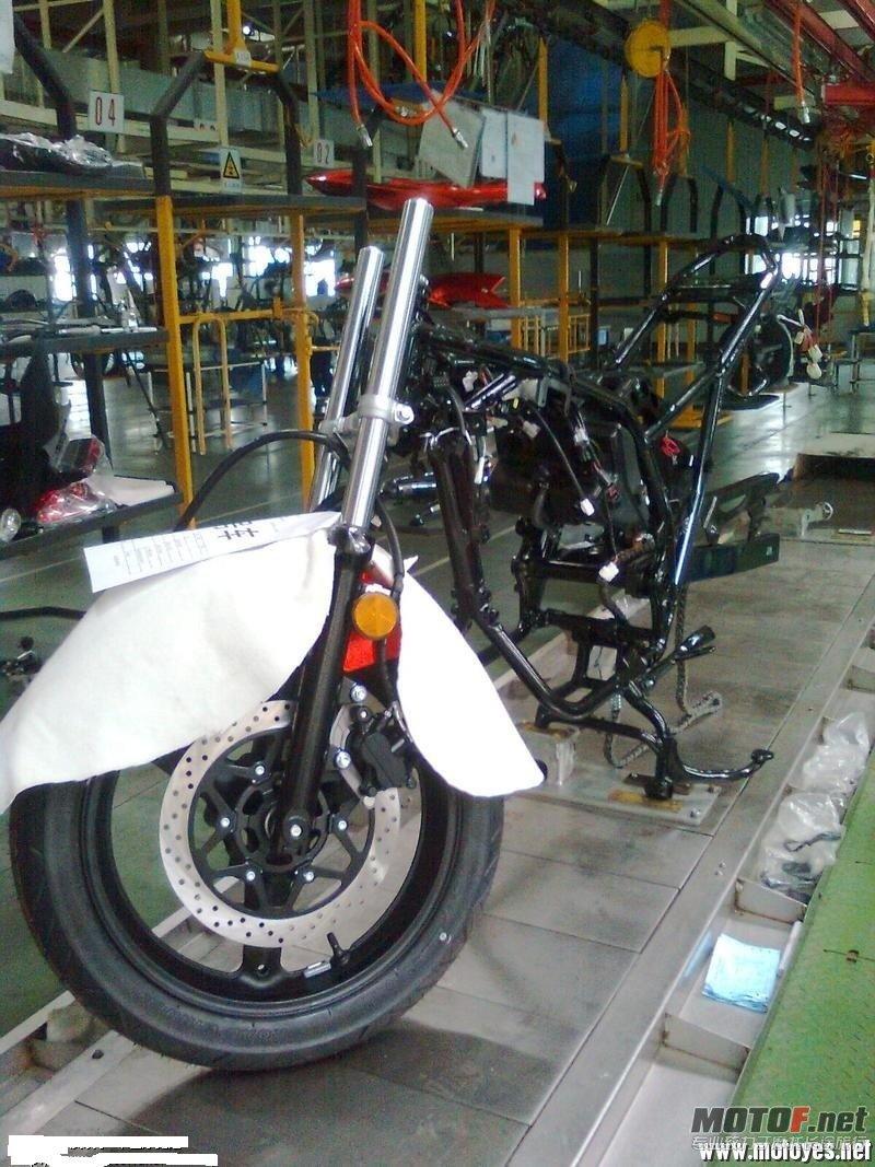 铃木摩托250国产 国产铃木摩托车 国产铃木摩托